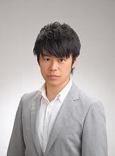井上 智洋 先生