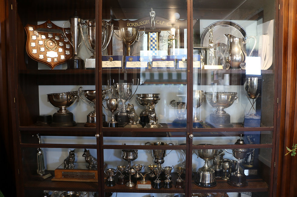 Roxburgh_Golf_Club_Trophy_Cabinet.jpg