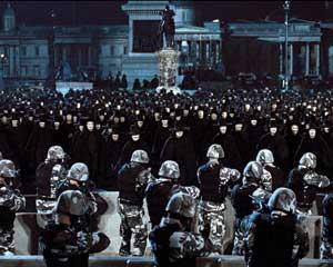 Scène où le peuple marche vers son destin