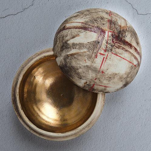 Gold Lidded Pot