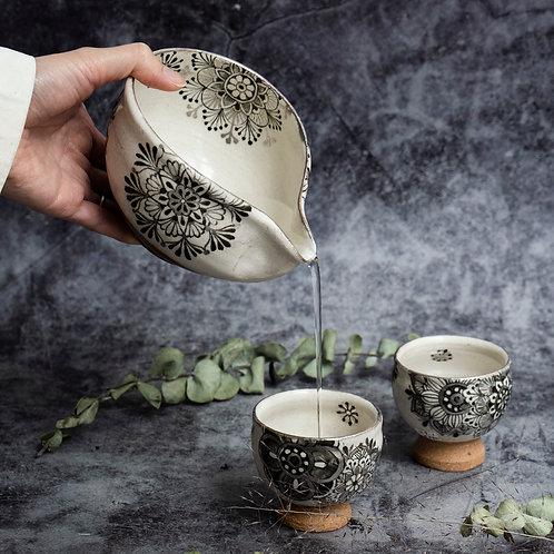 Black and Silver Sakewares