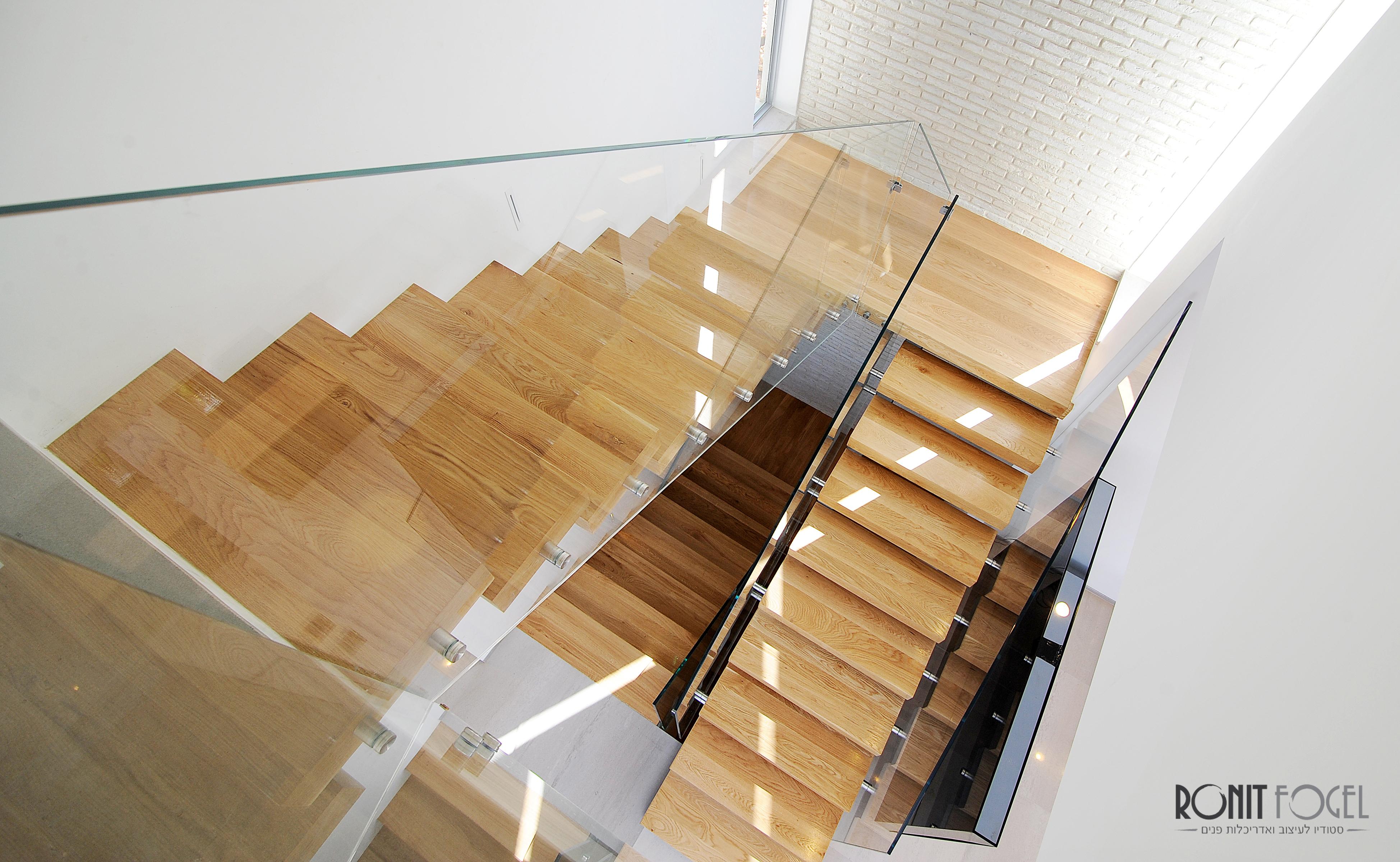 Stairs - FIX 04.jpg
