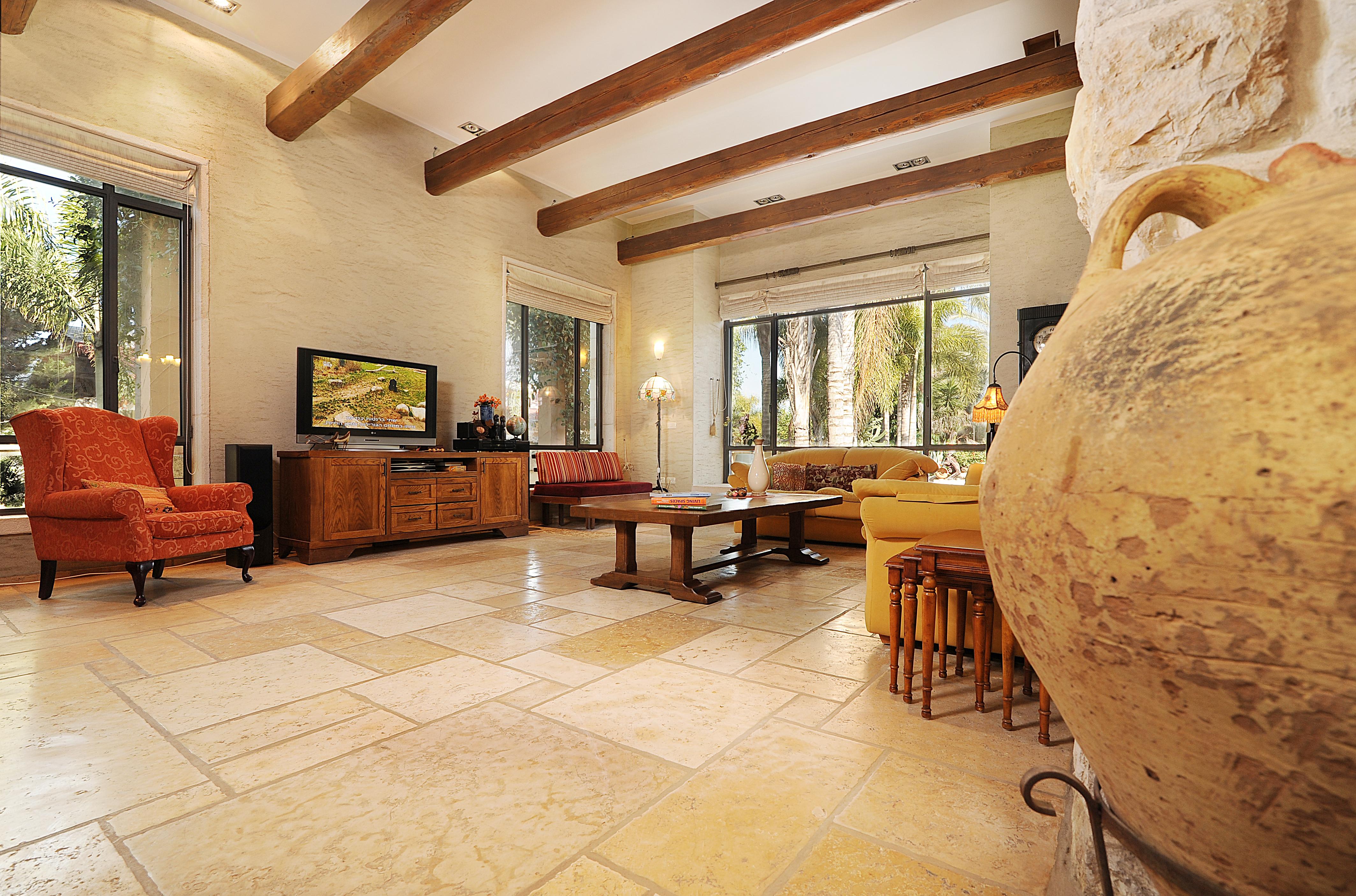 Living Room 01a