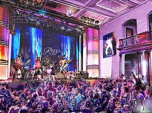 Stage Crowd final (1)_edited.jpg