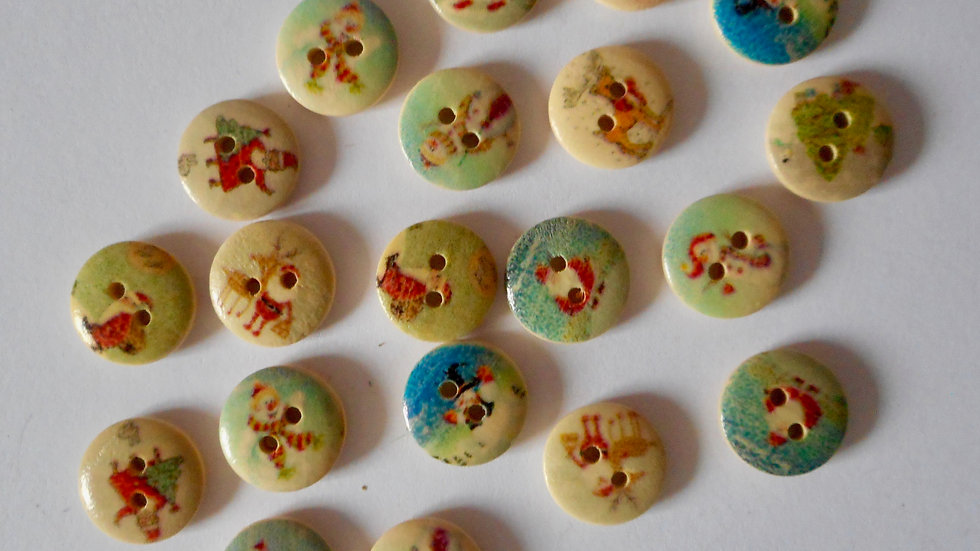 Christmas Themed round 2 hole wooden buttons