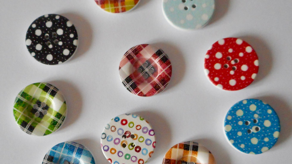 Large Patterned 4 hole wooden button