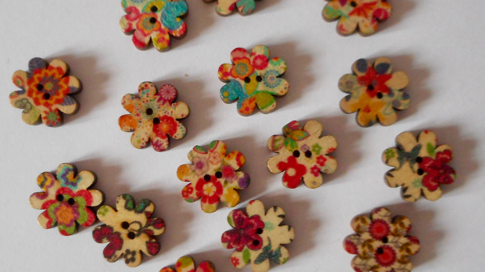 Mixed Flower shaped 2 hole wooden buttons