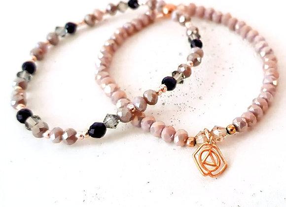 Glasperlen Armband Flieder & Mandala-Blume