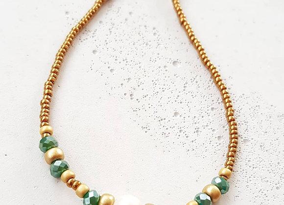 Halskette *Bronze & Perlen*