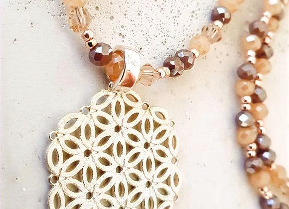 Halskette Glasperlen & Blume Anhänger