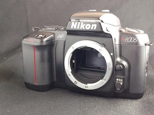 Nikon N8008 camera body