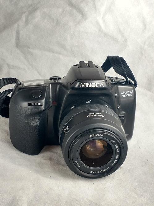 Minolta maxxum 400si with lens