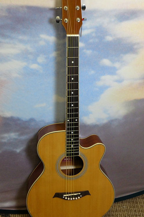 Solo classic guitar cutaway natural finish.
