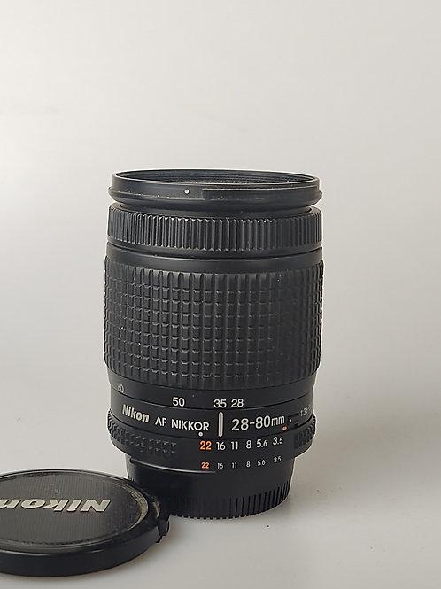 Nikon 28-80mm f3.5-5.6 D AF Nikkor lens