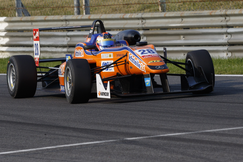 FIA FORMULA 3 EUROPEAN CHAMPIONSHIP 11