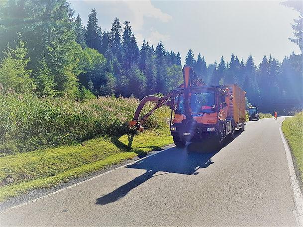 Pflege von Waldstrassen, Flurstrassen und Kantonsstrassen