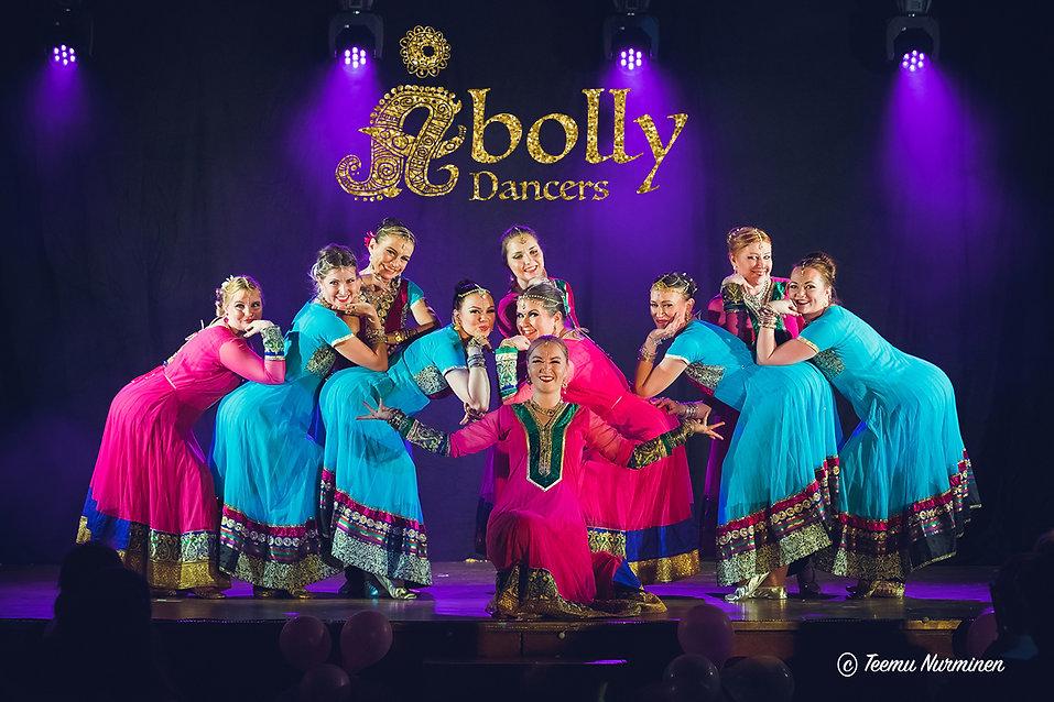 Bollywood tanssiryhmä Åbolly Dancers
