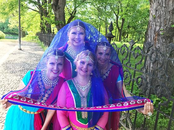 Åbolly bollywood-tanssi jatkoryhmä