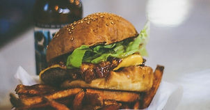 PHOTO Free-Food-at-Restaurants-2.jpg