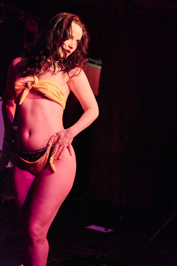 Bitsy's Bikini Act at Arlene's Grocery. Photography by Trixie Delight.