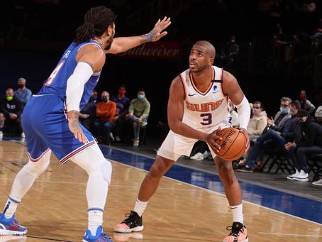 Suns surge late to end Knicks win streak