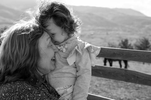 Смехът на баба