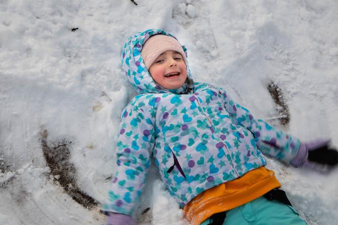 Нина - снежното ангелче