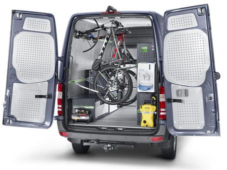 """""""bott Vario"""" - Paíneis para o revestimento interior de um veículo comercial """"Protect Plus""""."""