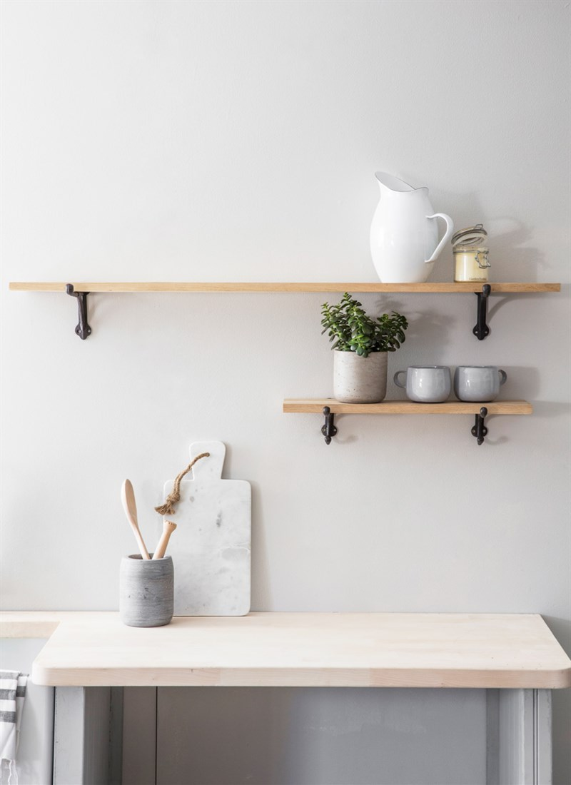 Cast-Iron-Bracket-Shelf-Large-Raw-Oak-CBOA01-1