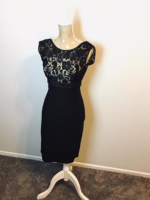 Unique Vintage Black Lace Dress (MED)