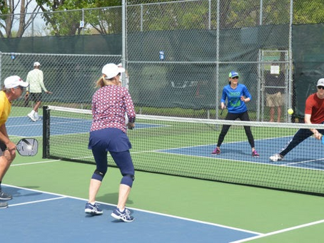 Pickleball at Motorcoach Country Club California