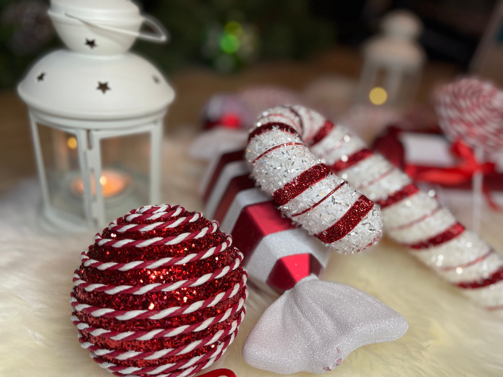 candy cane, red and white, candle, christmas ornaments