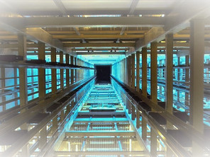 Основні переваги сучасних ліфтових компаній.
