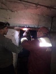 проведена заміна аварійної труби холодного водопостачання в житловому будинку