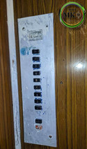 На прохання керівництва ОСББ проведені роботи по заміні лінолеуму в ліфтах, а також освіжили панелі наказів в кабінах. Працюємо для комфорту наших жителів !!!