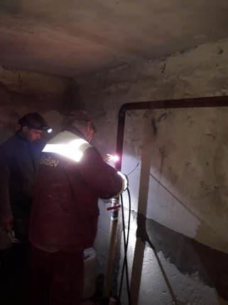 2  Майстрами ТОВ УК «Корабельний» був виконаний ремонт аварійної труби холодного водопостачання в житловому будинку за адресою вулиця Райдужна 32 ( 1 під'їзд).jpg