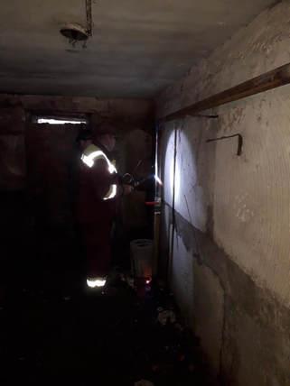 1 Майстрами ТОВ УК «Корабельний» був виконаний ремонт аварійної труби холодного водопостачання в житловому будинку за адресою вулиця Райдужна 32 ( 1 під'їзд) .jpg