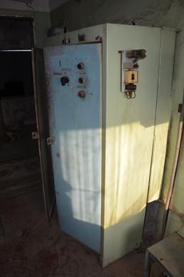 Співробітниками компанії Ліфт Мк після приведення до технічно справного стану, проводиться і забарвлення механізмів, що явно не робилося з моменту введення в експлуатацію.