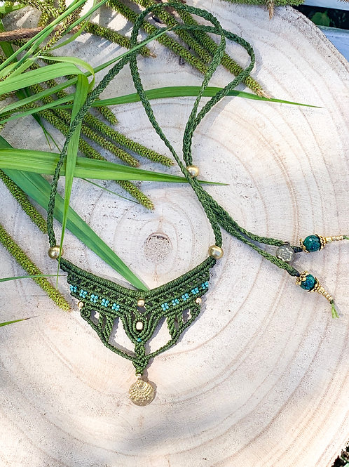 Shivaya Green Design Micromacrame Necklace