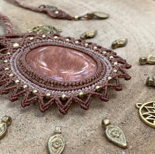 Necklace with Peach Moonstone Dharmacrame