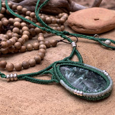 Necklace with Seraphinite Dharmacrame