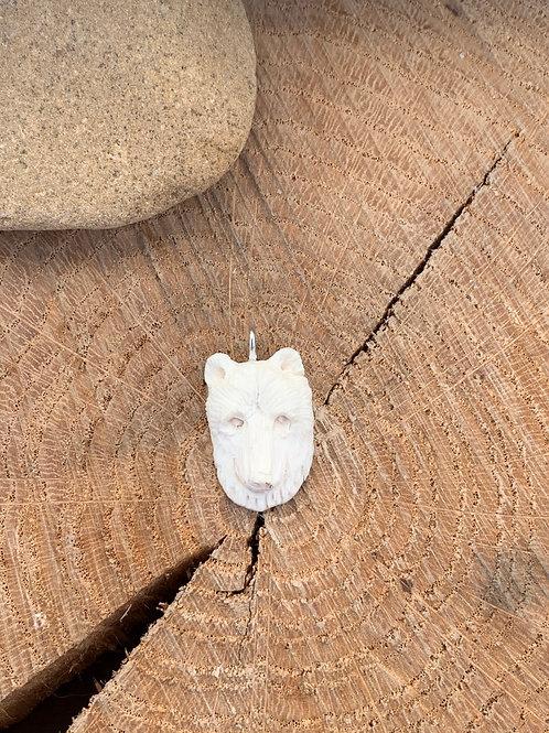 Bear Carving Bone 13x22mm