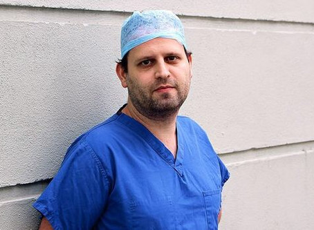 Quick Change Reviews: Adam Kay - This Is Going To Hurt (Garrick Theatre)
