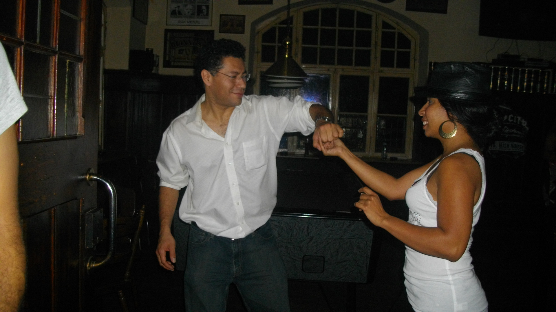 Salsa Dancing in Rota Spain