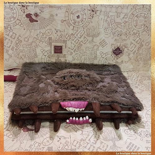 livre des monstres cahier