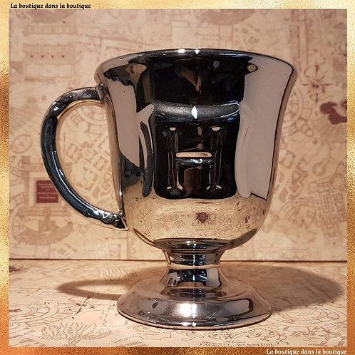 mug argenté élève poudlard
