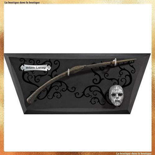 Baguette de Bellatrix Lestrange, sur son présentoir