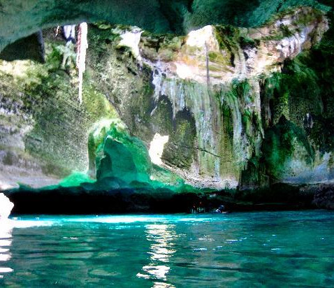 Visit Thunderball Grotto
