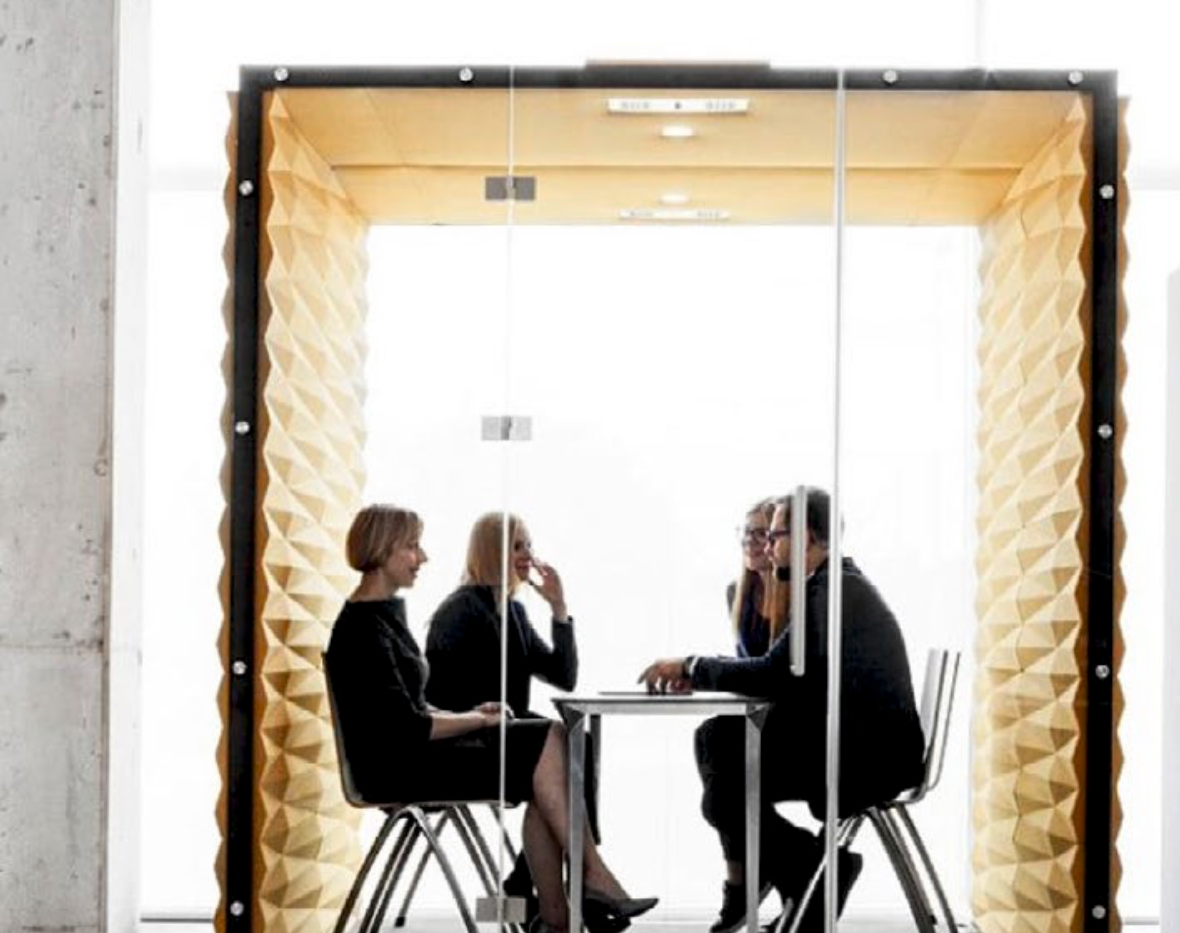 Vank – mødeboks/ mødelokale der kan placeres hvor som helst