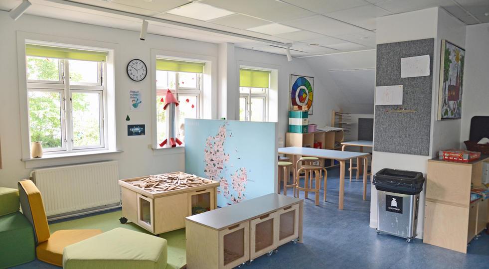 ALPHA TYST OG ALPHA AKUSTIKBILLEDE - akustik og støjdæmpning i børnehave
